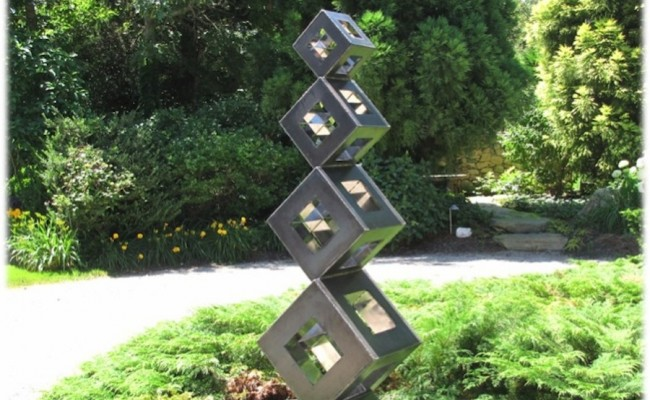 abstract-sculpture-out-of-the-box-metal-artist-kirt-rebello