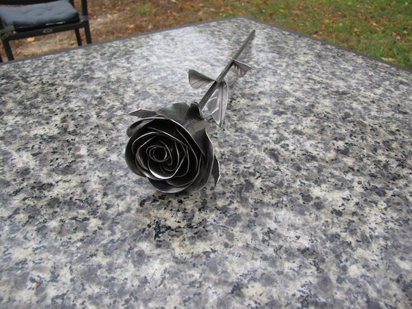 stainless-steel-rose-2