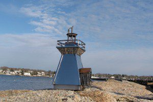 gillis-point-lighthouse2-2